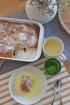 Lust auf gefüllte Buchteln mit Pflaumenmus oder Kirschmarmelade. Dazu eine Vanillesauce. Wie man leckere Buchteln macht, erfahrt Ihr hier auf meinem Blog ...