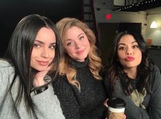 we'd be lying if we said we didn't know the premiere date for but then again, we're pretty good at keeping secrets. Pretty Little Liars Series, Prety Little Liars, Sophia Carson, Pll Cast, Sasha Pieterse, Keeping Secrets, Janel Parrish, It Movie Cast, Female Actresses