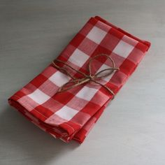 LOVE these picnic-inspired napkins!  would be perfect for many parties, as well!  $14.00/set of 4