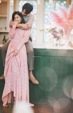 """The post """"ROI wedding studio 2019 spring add photos Pre Wedding Poses, Wedding Couple Poses, Pre Wedding Photoshoot, Korean Wedding Photography, Wedding Photography Packages, Creative Couples Photography, Photography Logos, Wedding Story, Wedding Events"""