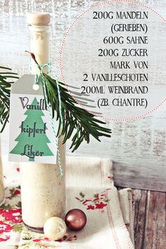 Selbstgemachte Liköre sind immer schöne Geschenkideen für Weihnachten. Abgesehen von Baileys und Eierlikör ist es eine schöne abwechselnde Idee, sich an bekannte Geschmäcker wie zB das Vanillekipferl