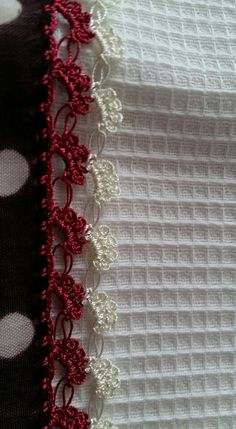 This Pin was discovered by Ebr Crochet Boarders, Crochet Edging Patterns, Crochet Lace Edging, Crochet Patterns For Beginners, Crochet Doily Rug, Crochet Snowflakes, Crochet Stitches, Diy Crafts Crochet, Quick Crochet