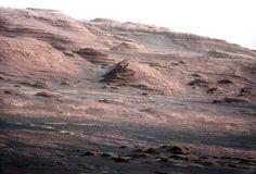 El CURIOSITY tomó esta fotografía   desde la base del Monte Sharp, en el cráter Gale de Marte. ap