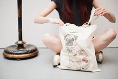 The perfect tote bag-  stylish, versatile & makes everyone smile!  What more could you wish for?    ► The tattoo pug tote is printed here in the UK