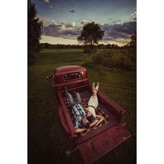 Who Wouldn't Love This? Country Side Dates