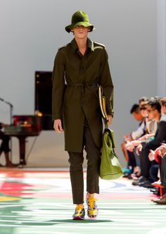Bonded cotton trench coat worn with tonal trousers and the field sneakers in bright shades