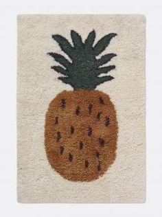 Ferm Living rugs use the very best New Zealand wool, this Pineapple Rug from the Fruiticana series is softer than any with its higher pile and thick weave. The pineapple motif is woven into the rug. Perfect for a nursery, kids room or playroom. Ferm Living Kids, Tiger Rug, Grey Carpet, Carpet Size, Brown Carpet, Large Rugs, Rugs Online, Modern Rugs