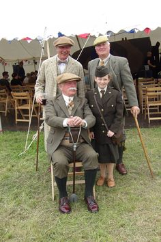 Tweed Run, Plus Fours, Antique Bicycles, Old Men, Men's Style, Tartan, Britain, Gentleman, Husband