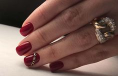 Winter Red and Gold Nails for Winter Nail Idea