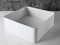 Baignoire carrée en Corian® MEDEAXL by Antonio Lupi Design® | design Nevio Tellatin