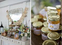 cedarwood, wedding, nashville, vendors, outdoor, rustic, honey, favors