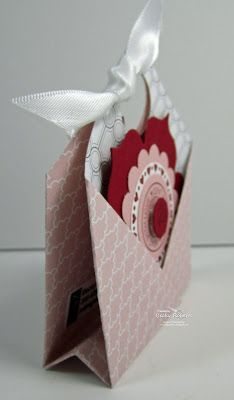 Adorable Pocket fold tutorial. Holds a card in the front and a treat and/or gift card inside.