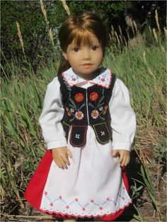 Polish folk costume Posted on July 17, 2012 by jenwrenne Standard Here is Galina again modeling a folk costume from Rzeszów (in southeast Poland).  (Bodice pattern here http://jenwrenne.wordpress.com/2012/07/16/patterns-and-tutorial-sort-of/)