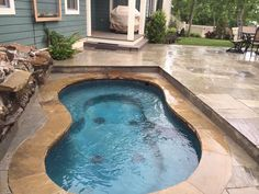 Swimming pool patio ideas fit 65 New ideas Small Inground Pool, Small Swimming Pools, Luxury Swimming Pools, Small Pools, Swimming Pool Designs, Inground Hot Tub, Lap Pools, Indoor Pools, Luxury Pools