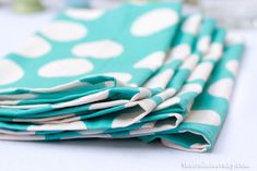 Make your own cloth napkins #tutorial #sewing #easy