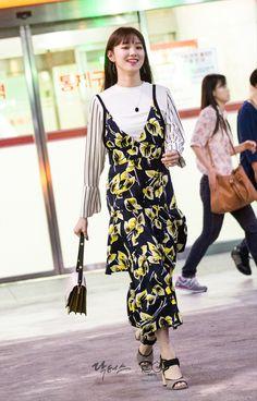 hoc cach mac dep nhu co nang lee sung kyung - hinh anh 30 Lee Sung Kyung Doctors, Lee Sung Kyung Fashion, Korean Celebrities, Celebs, Asian Fashion, Girl Fashion, Kim Book, Weightlifting Fairy Kim Bok Joo, Korean Actresses