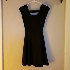 Black dress Super cute skater girl dress, comes just above the knee with caged back Rue 21 Dresses Midi