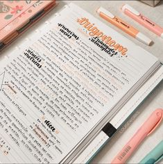 Bullet Journal Lettering Ideas, Bullet Journal Notes, Bullet Journal Writing, Bullet Journal School, School Organization Notes, Study Organization, Pretty Notes, Good Notes, College Notes