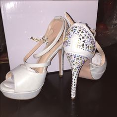White heels Brand new with box Steve Madden Shoes Heels