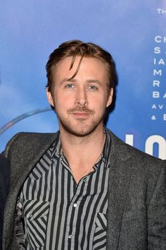 Pin for Later: Ryan Gosling Affole les Foules à Paris