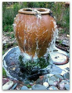 Turn a vase into water fountain