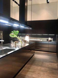 Stainless Kitchen Design, Stainless Steel Kitchen, Mudroom, Kitchen Interior, Backsplash, Kitchens, Interiors, House, Home Decor