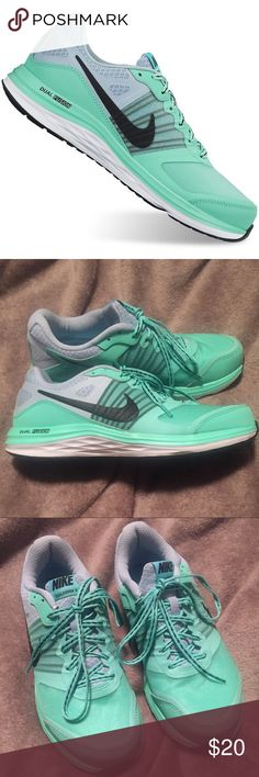 Nike Dual Fusion X mint and gray running sneakers. 💲PRICE IS FIRM💲WORN FIVE OR SIX TIMES. Nike mint green sneakers. Super comfy I just don't wear them.                                                                                                            No trades. No PP. No Mercari. Nike Shoes Sneakers