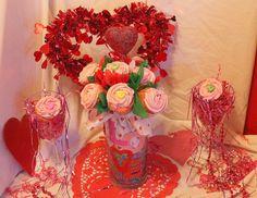 Flower Vase cupcake bouquet