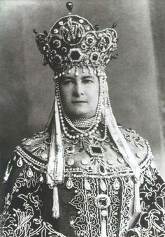 Grand Duchess Vladimir of Russia wearing her tiara During the Russian Revolution, this tiara was smuggled out of Russia. In it was sold by the Grand Duchess's daughter to Queen Mary. She had the tiara altered in 1924 to take 15 of the Cambrid Royal Crowns, Tiaras And Crowns, Headdress, Headpiece, Costume Russe, Tsar Nicolas, Catherine The Great, Royal Jewelry, Vintage Jewelry