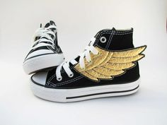 """Go on etsy, search """"Percy Jackson flying shoes"""" and choose any converse high tops with (white) wings Super Hero Shoes, Jeremy Scott, Girls Shoes, Baby Shoes, Fashion Shoes, Kids Fashion, Fashion News, Nerd Fashion, Star Fashion"""