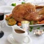 Chec de dovlecei - Retete culinare - Romanesti si din Bucataria internationala Halloumi Burger, Bacon, Turkey, Chicken, Recipes, Sport, Food, Diet, Romanian Recipes