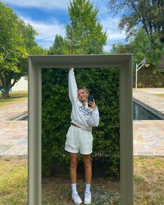 Maddie Zeigler, Kenzie Ziegler, Cool Mirrors, Mirror Mirror, Teenage Years, Teenager Outfits, Dance Moms, American, Latest Fashion For Women