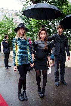 miroslava duma with her big baby belly. who said that a pregnant women cant be stylish?