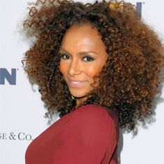 """""""I Don't Think Any Of Us Get A Pass:"""" Transgender Activist Janet Mock Speaks On The T-Word And Objectification Of Trans Women"""
