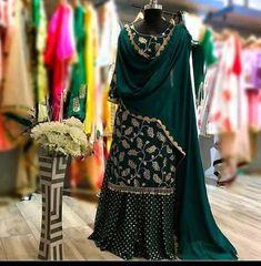 Punjabi Suits Designer Boutique, Indian Designer Suits, Indian Suits, Punjabi Boutique, Indian Attire, Pakistani Dresses Casual, Pakistani Dress Design, Eid Dresses, Quinceanera Dresses