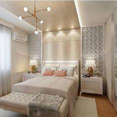 Inspiração pra tarde de hoje fica por conta deste quarto de casal mega aconchegante. Gostaram people?✨ Projeto: Marilia Zimmermann. #maisinteriores