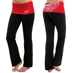Women's Detroit Red Wings Black Sublime Knit Lounge Pants. I want to put these pants on right now and go to a hockey game! Perfect women's wear for any sporting event!