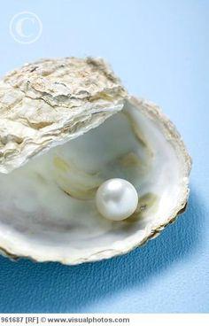 Fresh Water Pearl.