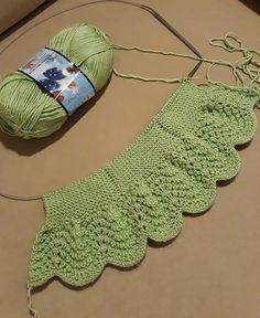 Crochet ideas that you'll love Baby Hats Knitting, Knitting For Kids, Baby Knitting Patterns, Crochet For Kids, Diy Crochet, Baby Girl Crochet, Crochet Baby Booties, Crochet Vest Pattern, Crochet Patterns