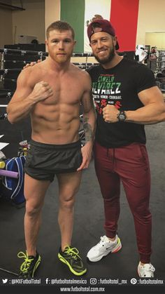 Saul Canelo Alvarez, Boxing Images, Professional Boxing, Soccer Guys, Ufc Fighters, Mma Boxing, Training Motivation, Ideal Man, Man Images