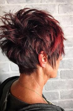 35 good looking pixie haircuts for thick hair in 2019 9 Short Hair Back, Pixie Haircut For Thick Hair, Funky Short Hair, Short Choppy Hair, Short Hairstyles For Thick Hair, Funky Hairstyles, Short Hair Cuts, Short Hair Styles, Pixie Haircuts