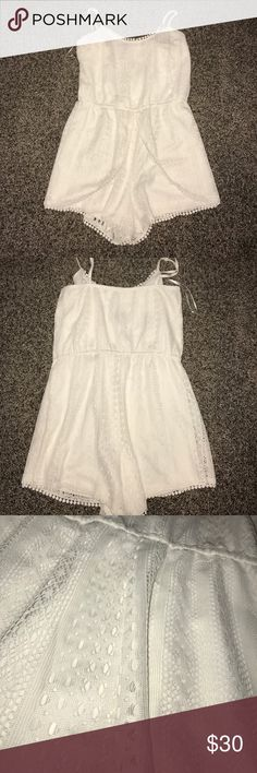 white designed romper only worn twice! super pretty and flowy! Charlotte Russe Pants Jumpsuits & Rompers