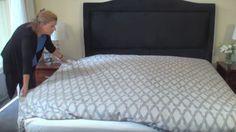Wir alle machen einen großen Fehler: Wie beziehen unsere Betten völlig falsch! Mach es wie die Profis.