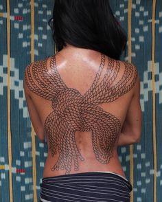 Victor J Webster ( East River Tattoo, Modern Art Tattoos, Victor Webster, Necklace Tattoo, Back Tattoos, Inked Girls, Simple Designs, Crochet Top, Feminine