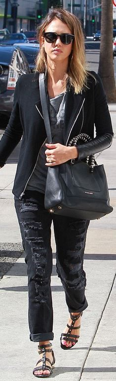 Jessica Alba: Shirt – Pam & Gela  Jeans – Current/Elliott  Sunglasses – Ill.I Optics  Purse – Bvlgari  Shoes – Louise et Cie
