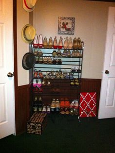 Beautiful Turning A Spare Bedroom Into A Dressing Room/walk In Closet   Metal Shoe  Rack