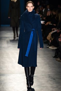 Altuzarra Fall 2014 RTW - Runway Photos - Fashion Week - Runway, Fashion Shows and Collections - Vogue