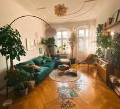 Die ultimative Abwechslung im Wohnzimmer – fridlaa How we got the ultimate change in the living room, you can find … Boho Living Room, Home And Living, Living Room Decor, Living Spaces, Living Room With Plants, Dog Spaces, Small Living, Living Room Inspiration, Home Decor Inspiration