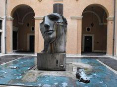 Fontana della Dea Roma by Igor Mitoraj in the courtyard of Palazzo Mignanelli Installation Art, Public Sculpture, Igor, Igor Mitoraj, Art Inspo, Great Artists, Sculpture, Art, Sculpture Park