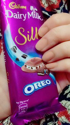 Ideas For Dairy Milk Chocolate Dpz Milka Chocolate, Dairy Milk Chocolate, Cadbury Dairy Milk, Cadbury Chocolate, Chocolate World, I Love Chocolate, Chocolate Lovers, Chocolate Cookies, Choco Pie